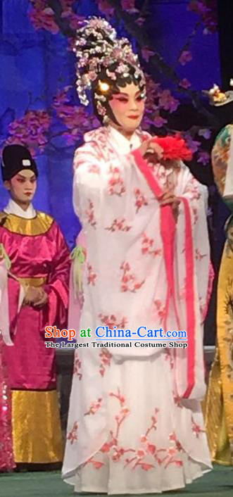 Chinese Cantonese Opera Young Female Garment Story of the Violet Hairpin Costumes and Headdress Traditional Guangdong Opera Diva Huo Xiaoyu Apparels Actress White Dress