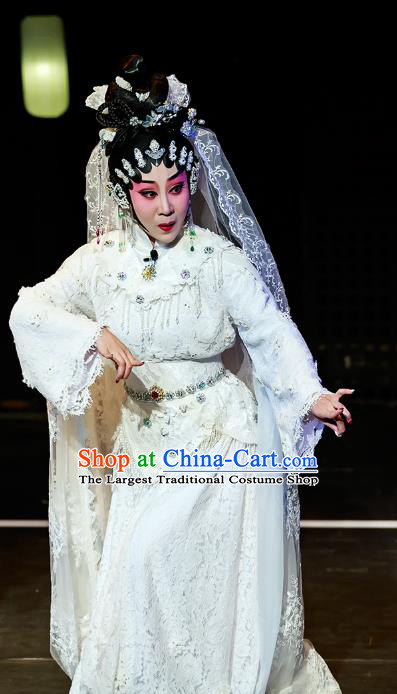 Chinese Cantonese Opera Young Female Garment Fu Shi San Sheng Meng Costumes and Headdress Traditional Guangdong Opera Hua Tan Apparels Actress White Dress