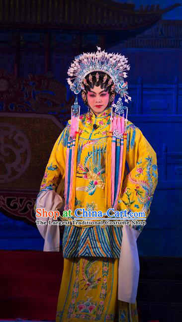 Chinese Cantonese Opera Empress Garment Wu Suo Dong Gong Costumes and Headdress Traditional Guangdong Opera Queen Apparels Court Woman Dress