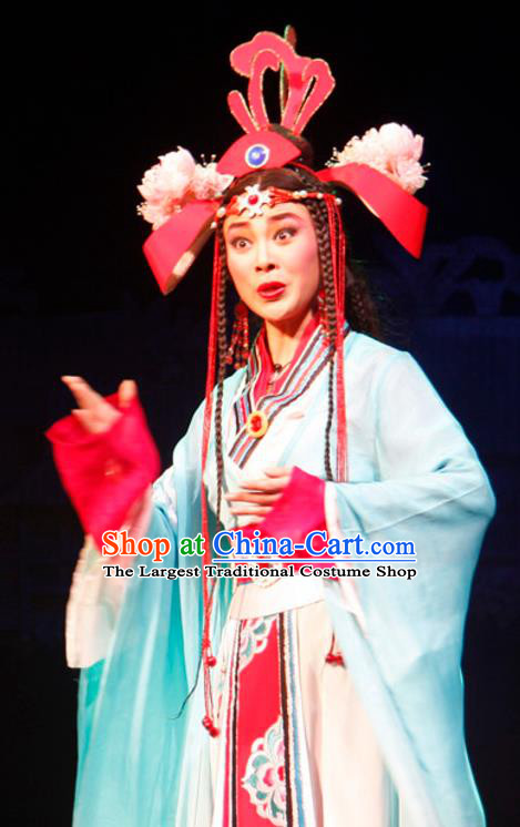 Chinese Historical Drama Princess Hu Die Ancient Young Lady Garment Costumes Traditional Miao Ethnic Girl Dance Dress Apparels and Headdress