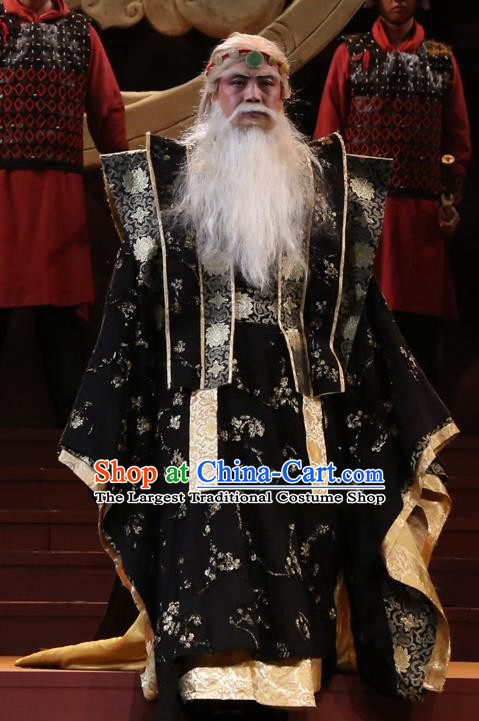 Chinese Traditional Han Dynasty Duke Zhao Tuo Clothing Stage Performance Historical Drama King of Nanyue Elderly Male Apparels Costumes Ancient Lord Black Garment and Headwear