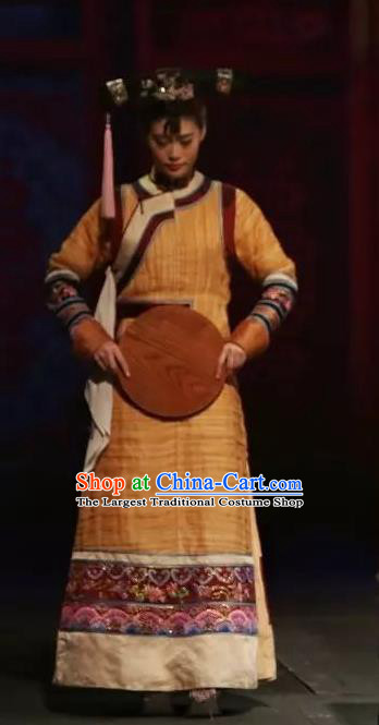 Chinese Historical Drama Yangshi Lei Ancient Palace Lady Garment Costumes Traditional Stage Show Dress Qing Dynasty Court Maid Apparels and Headpieces