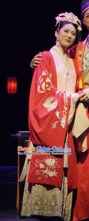 Chinese Historical Drama Peach Blossom Fan Ancient Bride Li Xiangjun Garment Costumes Traditional Stage Show Dress Ming Dynasty Courtesan Apparels and Headpieces