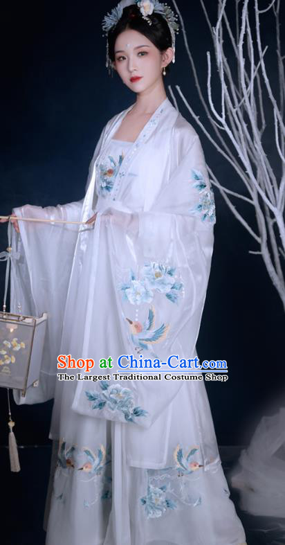 Traditional Chinese Song Dynasty Court Female Historical Costumes Ancient Imperial Concubine Hanfu Garment Embroidered Cloak Blouse Camisole and Skirt Complete Set