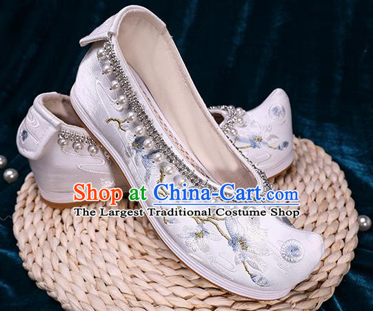 Chinese Handmade Pearls Shoes Ancient Princess White Satin Shoes Traditional Embroidered Mangnolia Shoes