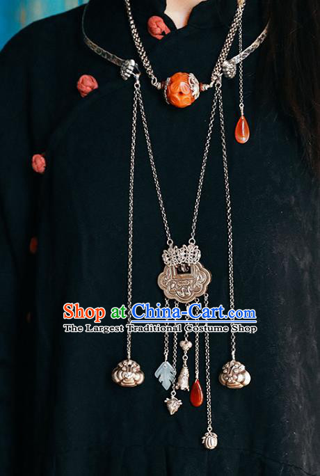 Chinese Handmade Classical Cheongsam Jewelry Accessories National Agate Necklace Ethnic Silver Tassel Necklet