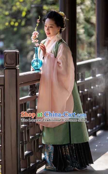 China Ancient Noble Woman Historical Costumes Traditional Ming Dynasty Female Hanfu Clothing Complete Set