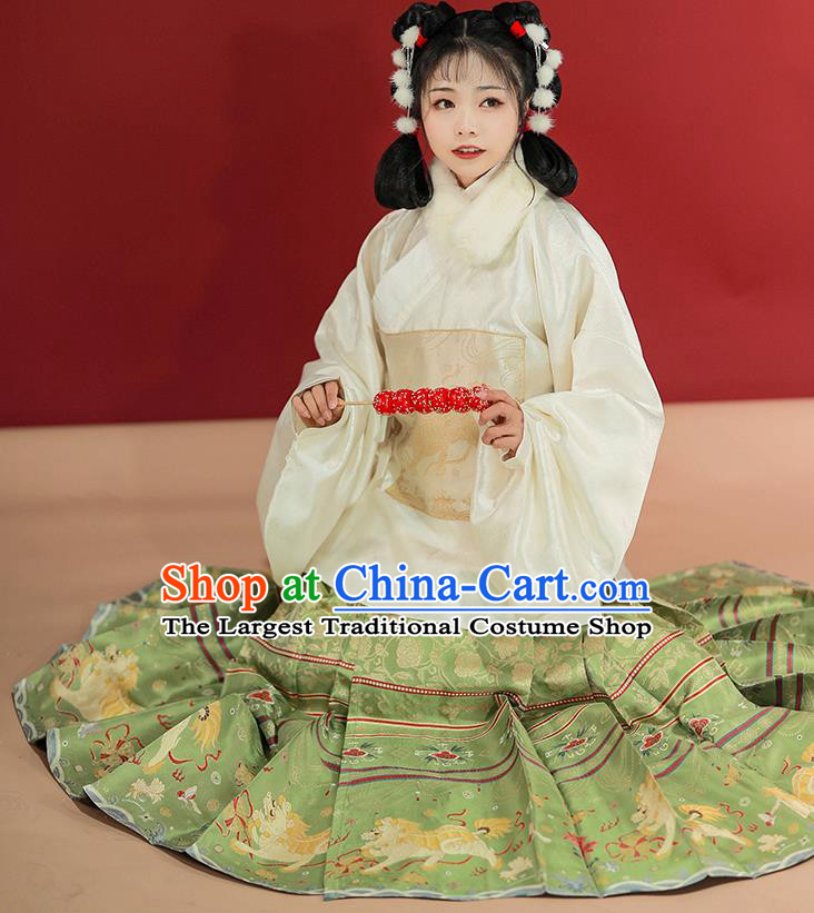 Traditional China Ming Dynasty Patrician Lady Historical Costumes Ancient Royal Princess Hanfu Clothing