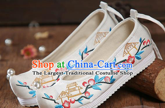 China Embroidered White Satin Shoes Ancient Princess Shoes Traditional Hanfu Pearl Shoes