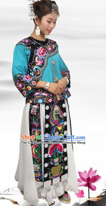 Chinese Miao Ethnic Woman Costume Hmong Nationality Folk Dance Dress Minority Stage Show Clothing and Headpieces