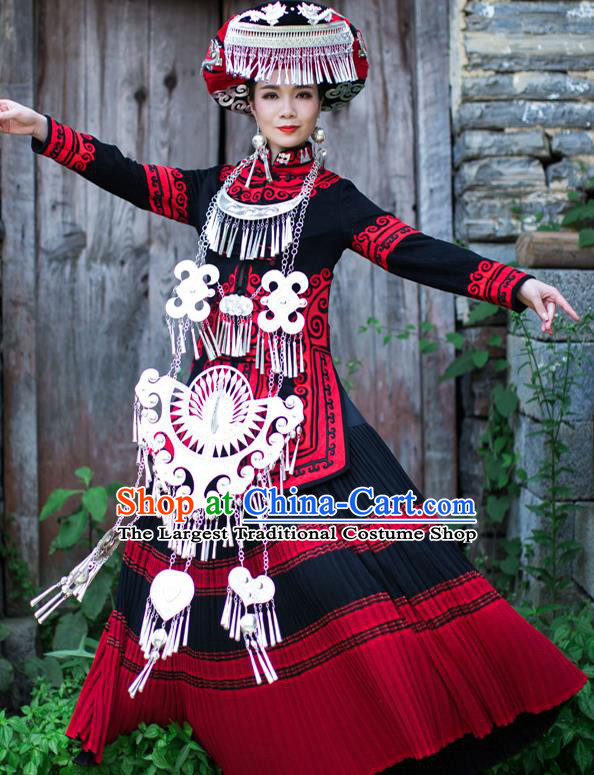 Chinese Yi Nationality Stage Show Dress Clothing Ethnic Wedding Bride Outfits Costumes and Headwear