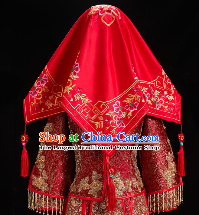 China Red Satin Kerchief Xiuhe Suit Embroidered Bridal Veil Traditional Wedding Headpiece