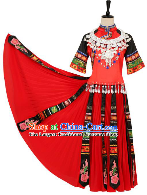 China Traditional Hmong Ethnic Bride Clothing Miao Nationality Stage Performance Costumes