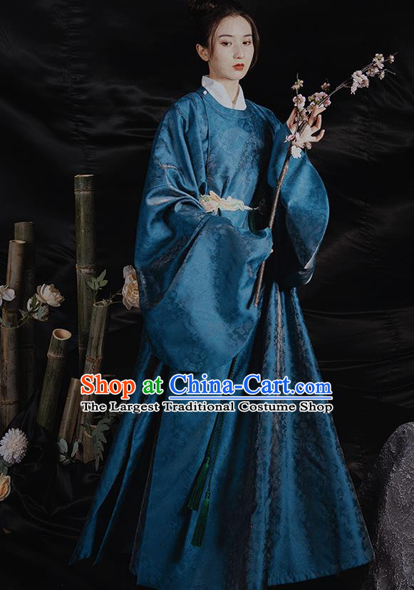 China Traditional Ming Dynasty Historical Clothing Ancient Scholar Hanfu Robe for Men