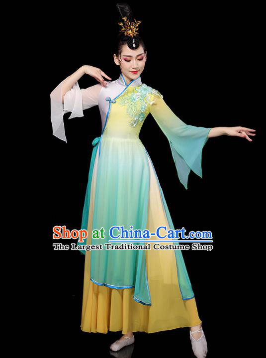 Chinese Classical Dance Green Dress Traditional Stage Performance Costume Group Dance Clothing