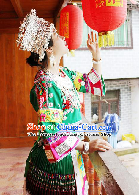 China Guizhou Minority Folk Dance Green Outfits Ethnic Stage Performance Dress Miao Nationality Clothing and Hat