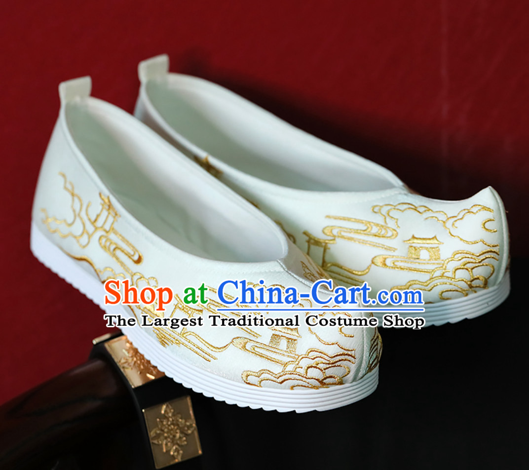 White Ancient China Building Pavilion Embroidery Chinese Classical Handmade Embroidered Hanfu Shoes Han Fu Footwear for Men or Women